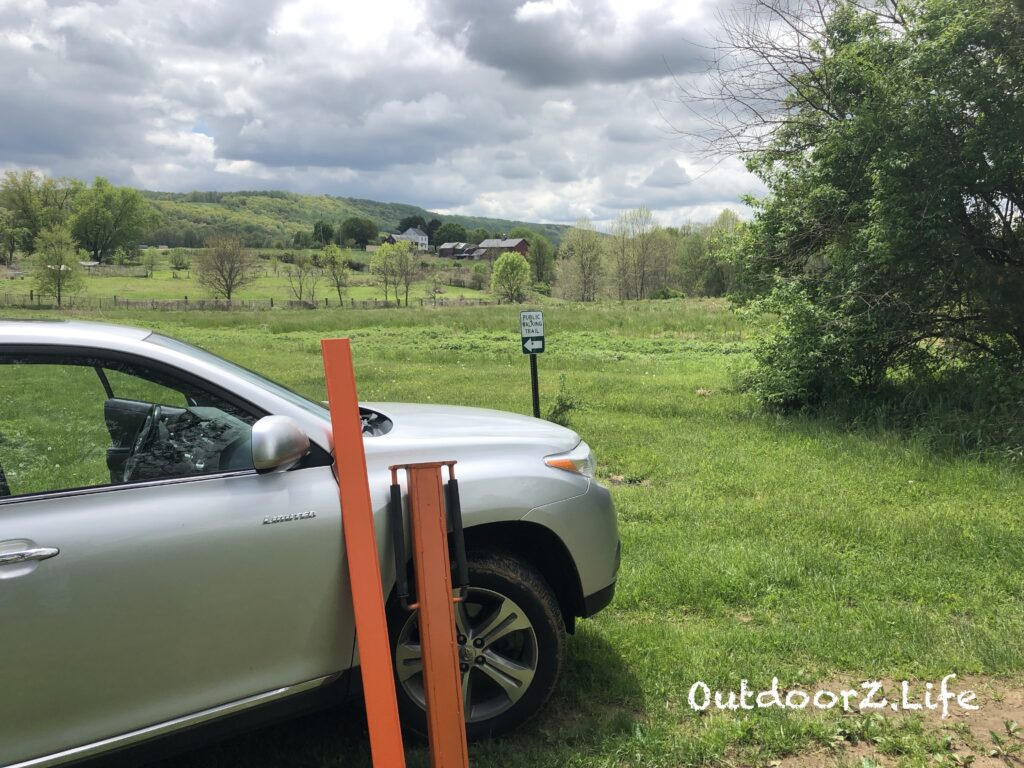 Picture of trail maintenance work. National Trails Day 2019.