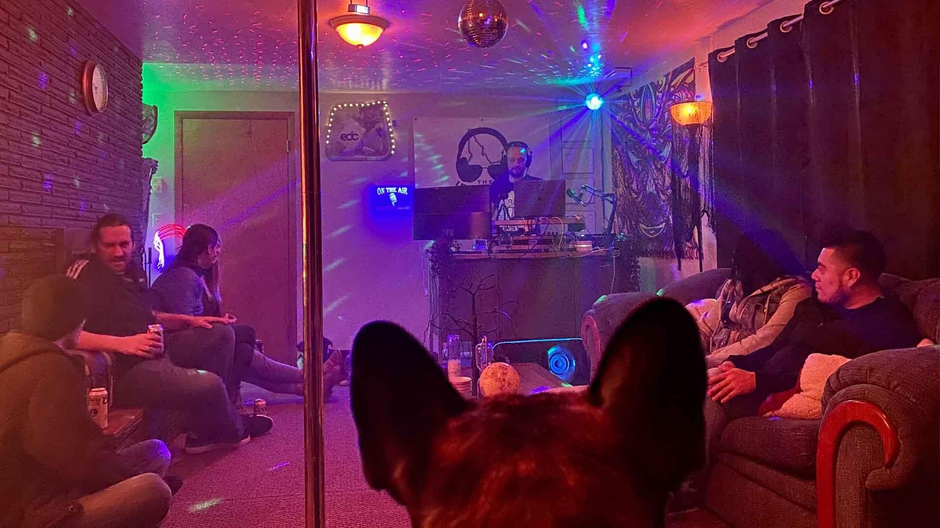 The Idahoan performing in The Corona Lounge
