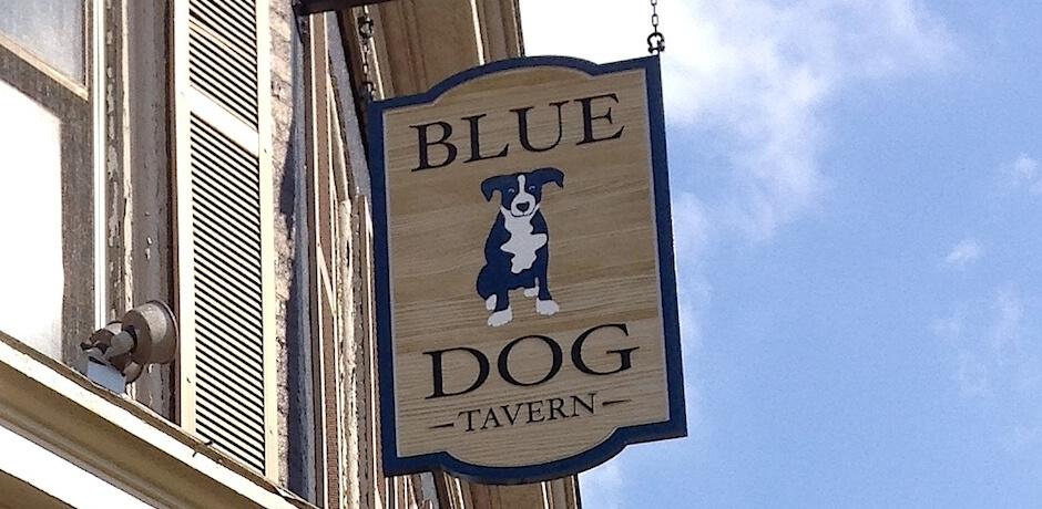 blue-dog-tavern-sign-1