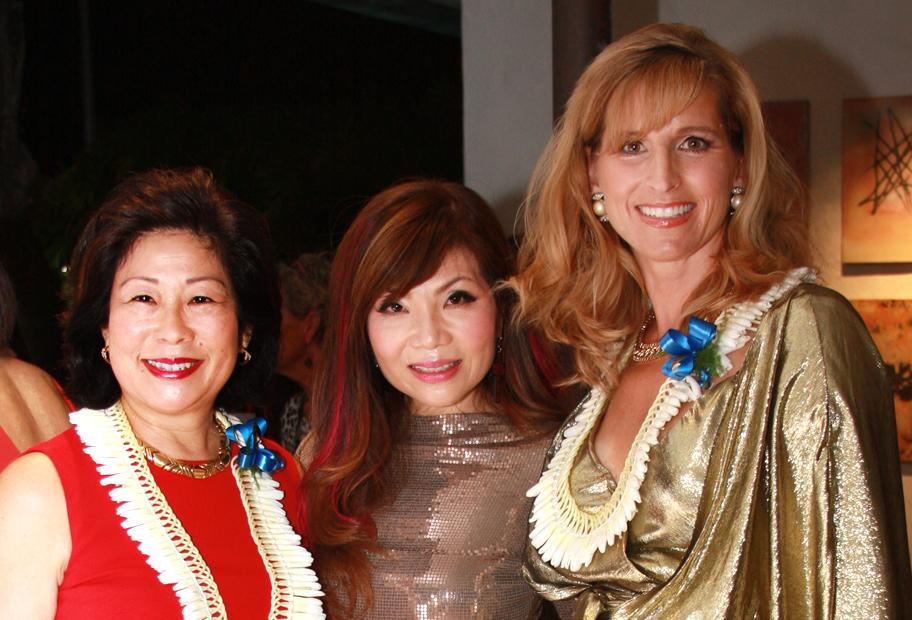 Cheryl Hetherington, Kristen Chan, Stephanie Johnson.