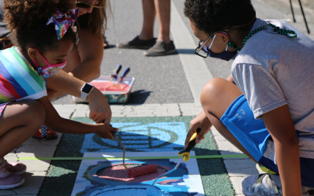 Tampa crosswalk art near elementary school hopes to catch drivers' attention