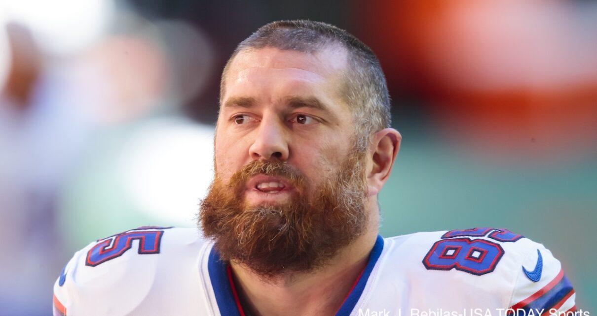 Lee Smith Buffalo Bills Atlanta Falcons Trade