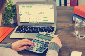 learn how outsourcing accounting services can benefit your bar