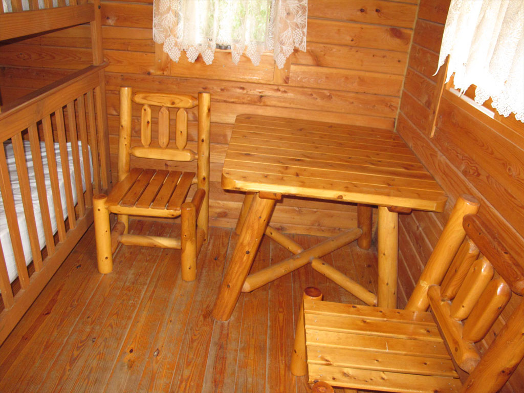 Beach Cabin Dining Area