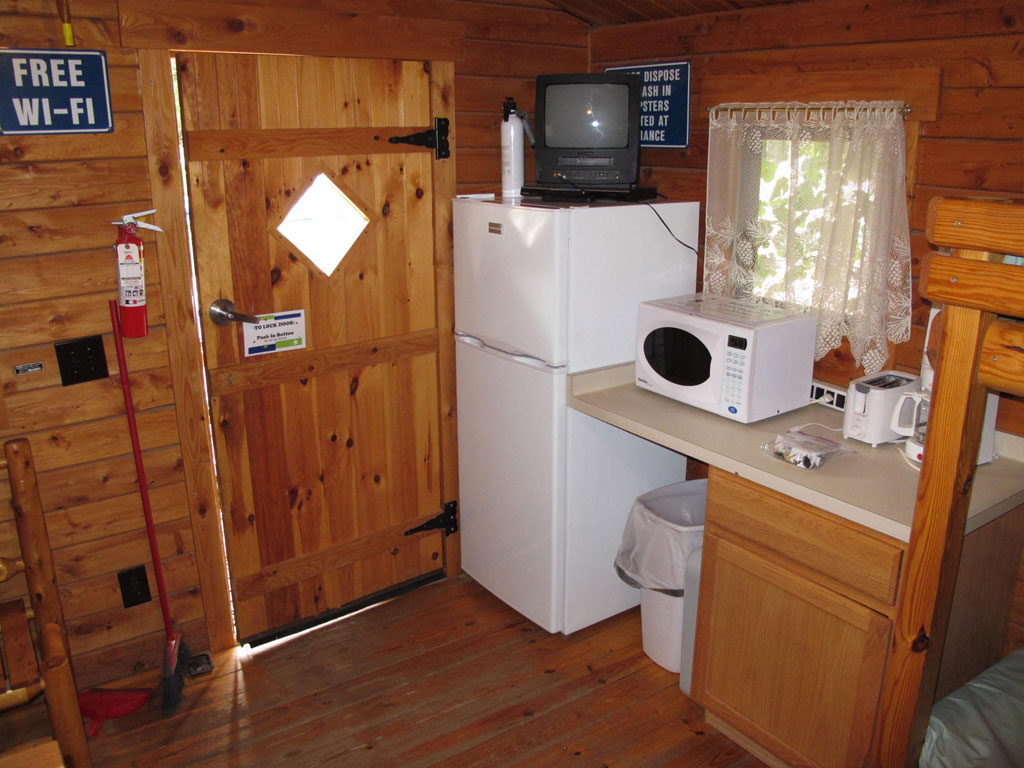 Beach Cabin Kitchenette