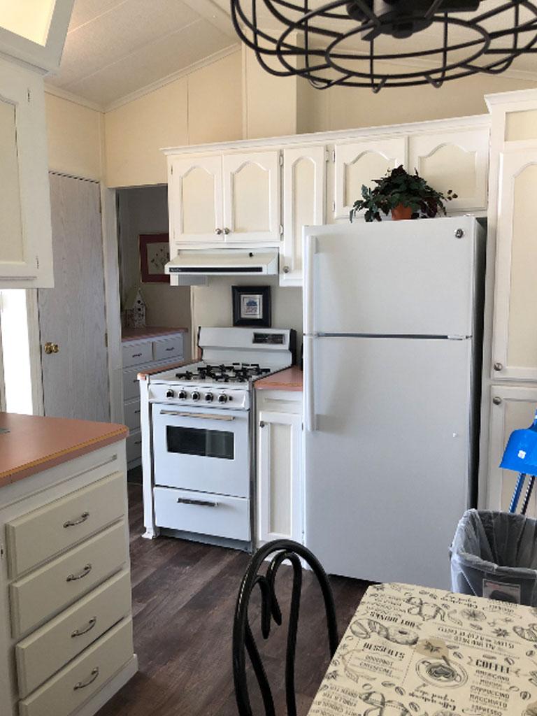 Smokey Hollow Park Model 98 Kitchen