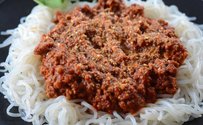 low-carb spaghetti bolognese