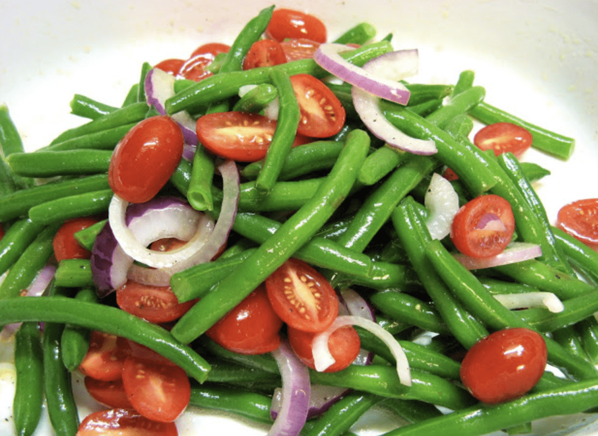 Red and Green Salad Time!