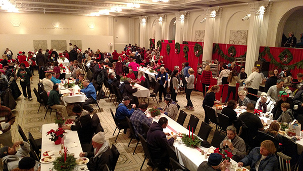 Picture of the sunkin ballroom after the doors opned and christmas dinner was served