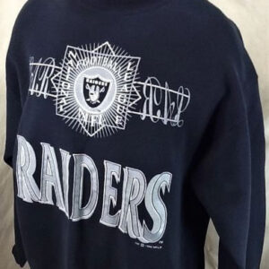 Vintage 1992 Oakland Raiders Football (XL) Retro Crew Neck NFL Sweatshirt (Side)