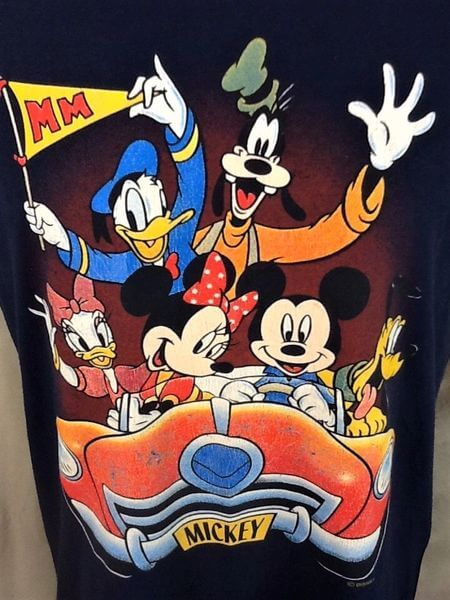 Vintage 90's Disney's Mickey Mouse (Large) The Whole Crew Retro Cartoon T-Shirt (Graphics)