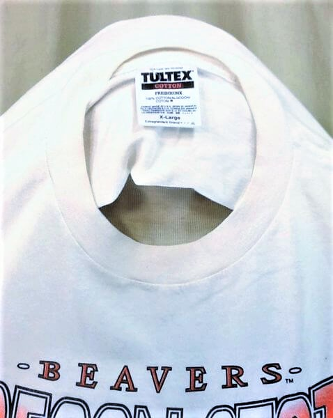 Vintage 90's Tultex Oregon State Beavers (XL) Retro College Apparel Graphic T-Shirt (Tag)
