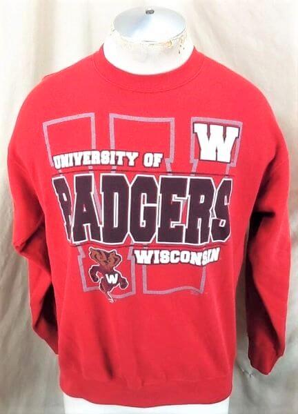 Vintage 90's Wisconsin Badgers (Med-Large) Retro Crew Neck College Sweatshirt (Front)