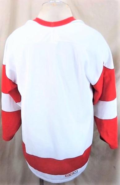 Vintage CCM Detroit Red Wings (XL) Retro NHL Hockey White Knit Jersey (Back)