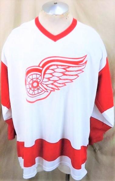 Vintage CCM Detroit Red Wings (XL) Retro NHL Hockey White Knit Jersey (Main)