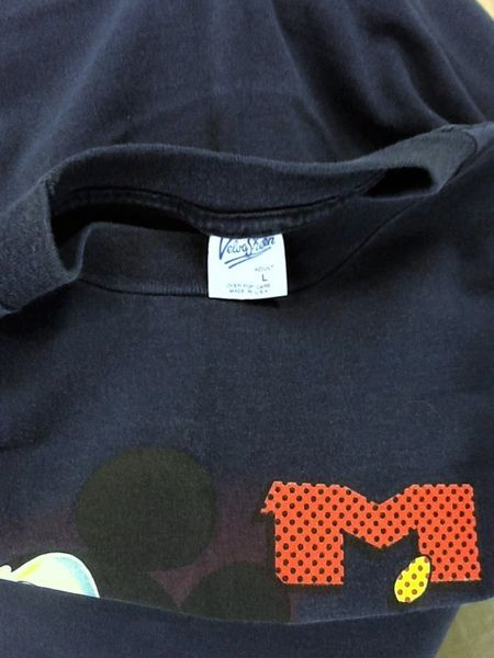 Vintage 90's Mickey Mouse Minnesota (Large) Disney Tourism Graphic T-Shirt (Tag)