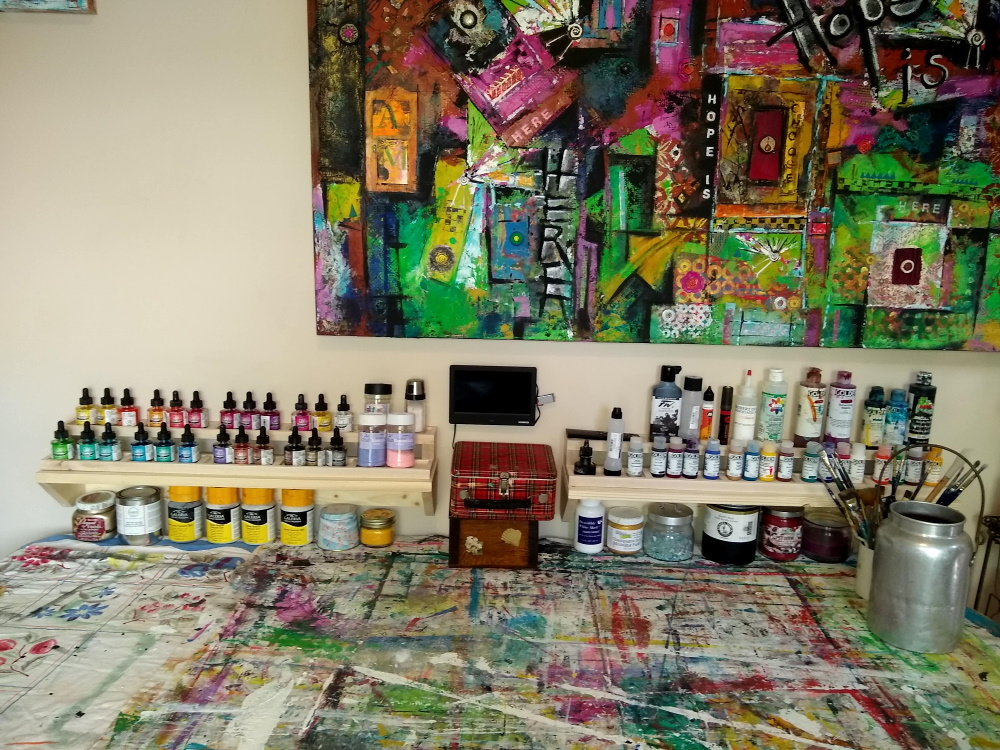A photo of an organizer for alcohol inks that makes all the color choices easily visible.