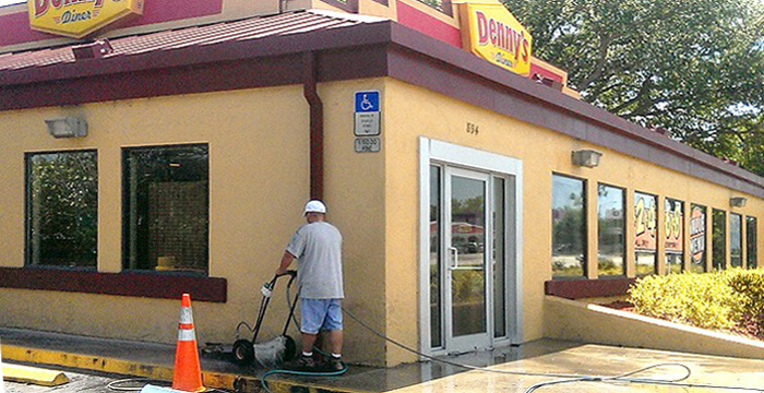 Denny's Pressure Cleaning