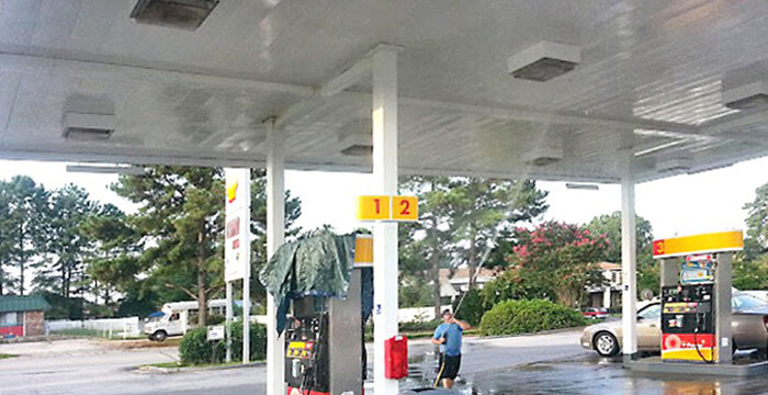 Gas Station Pressure Cleaning