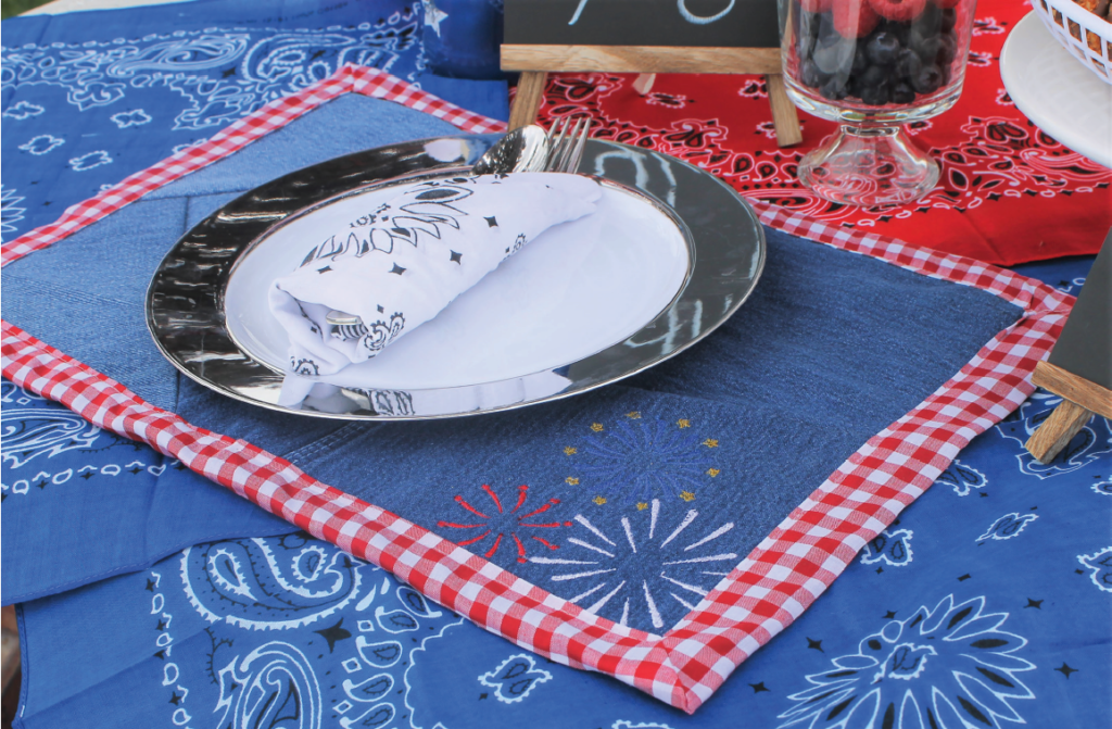 July 4 machine embroidery placemat