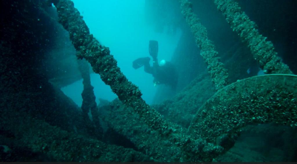 Dredge #6 Shipwreck Picture