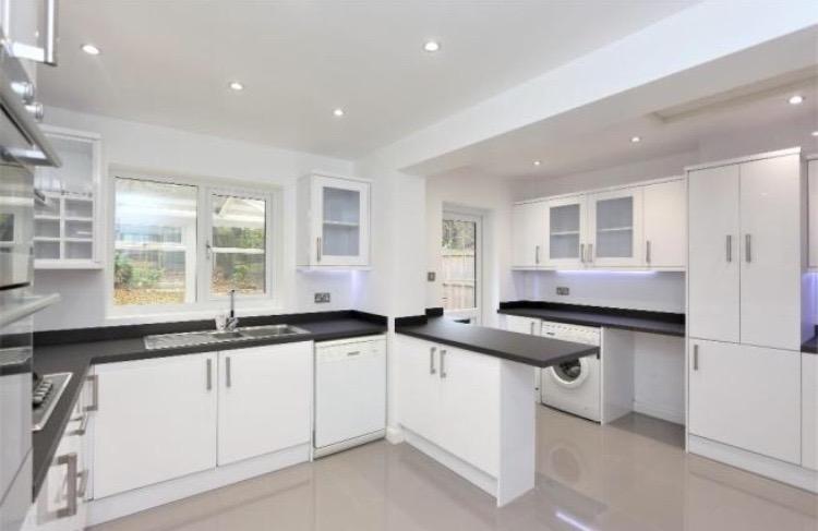 Chigwell Kitchen new1