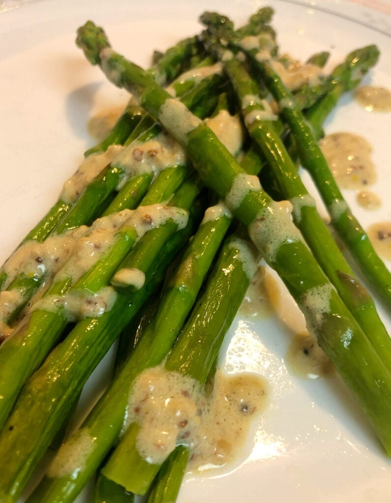 Asparagus with Garlic Butter Sauce