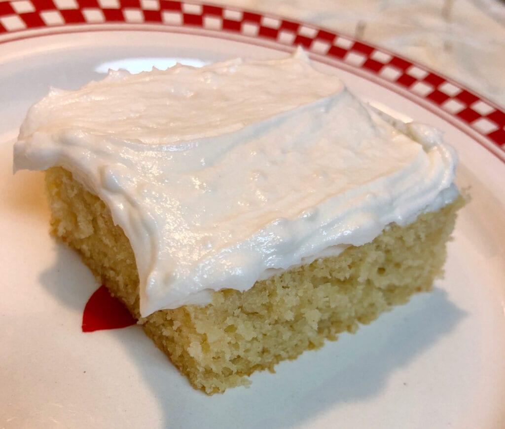 Vanilla Buttercream Frosting on White Cake