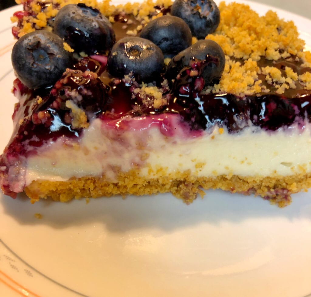 Creamy No-Bake Berry Delight Dessert