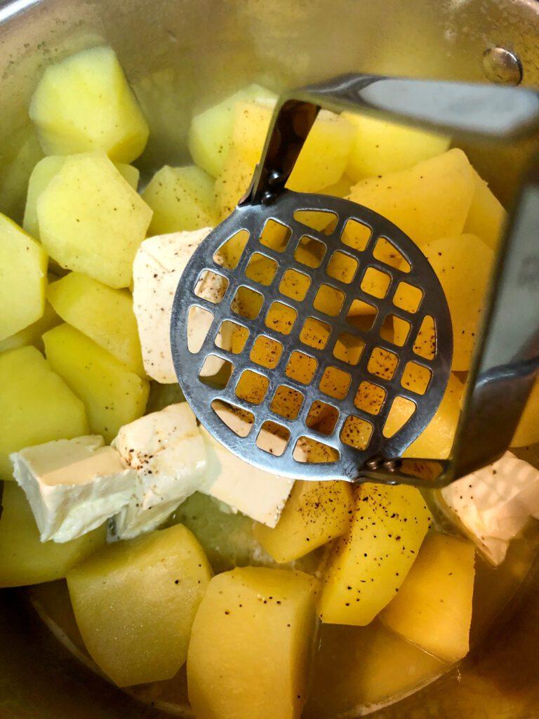 Mash Potatoes by Hand