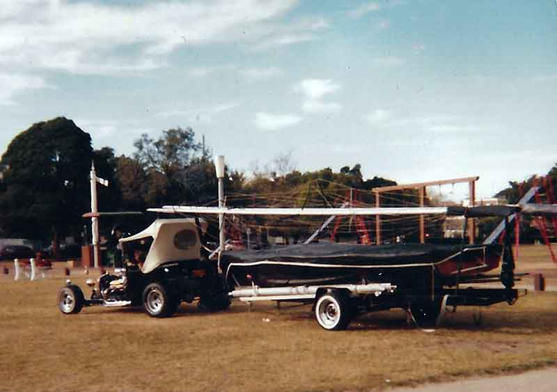 Hot Rod boat tow