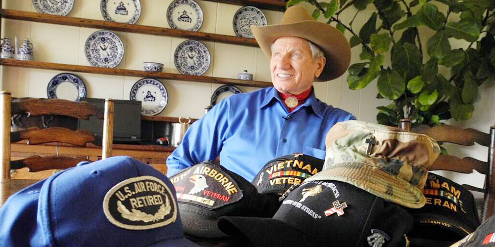 Monty Roberts Non Profit Programs - Horse Sense & Healing for Veterans and First Responders
