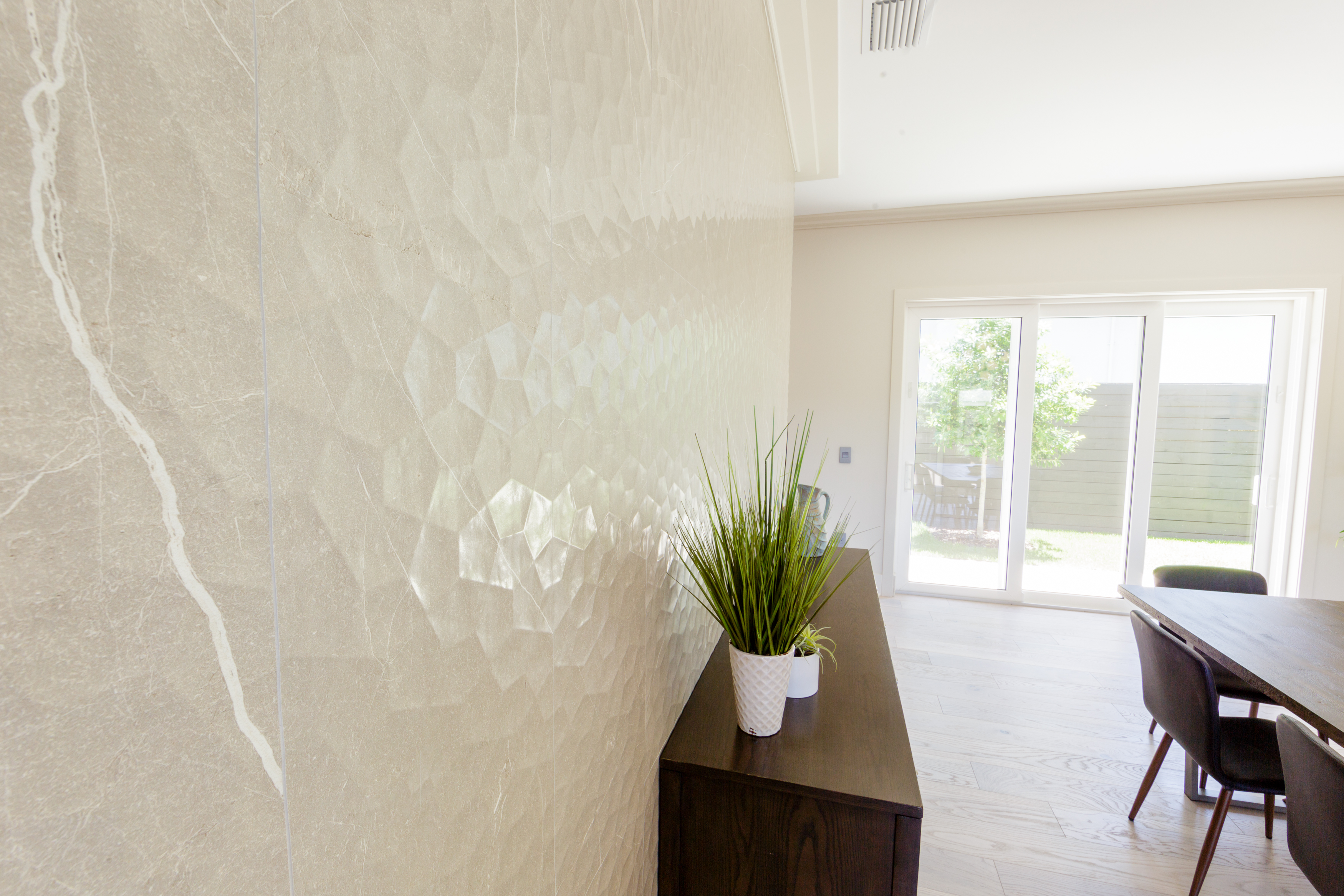 Grinnell Modern: Dining Room Feature Wall