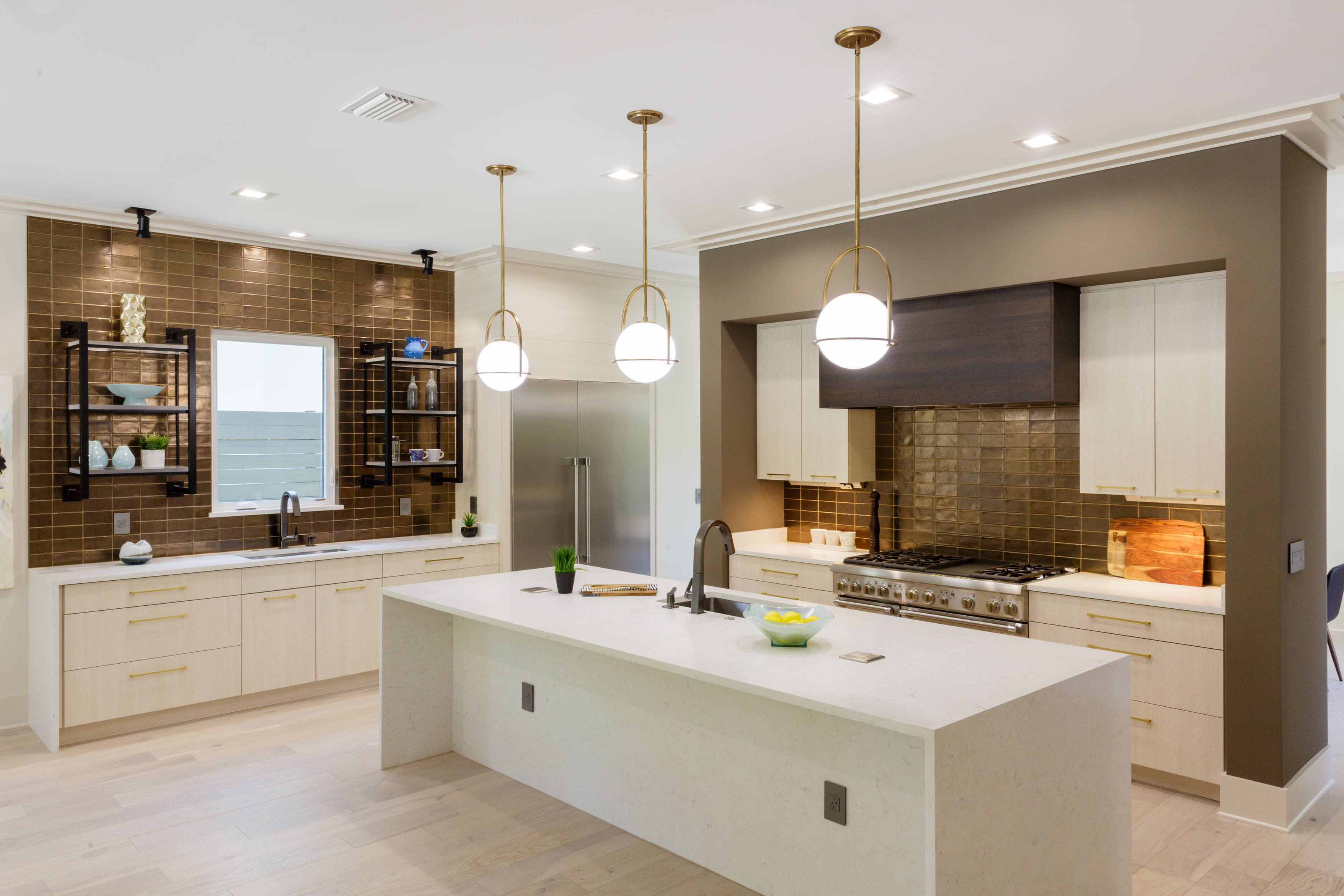 Grinnell Modern: Kitchen Island and Prep