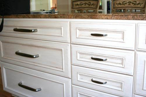 Cabinet Painting and Refinishing