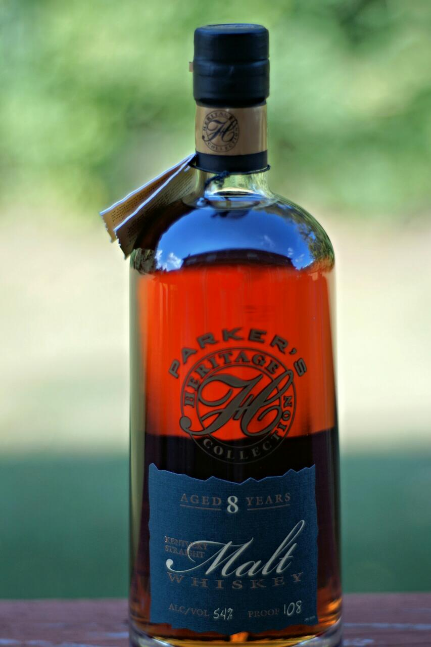 It is a picture of Tactueux Heaven Hill Green Label Review