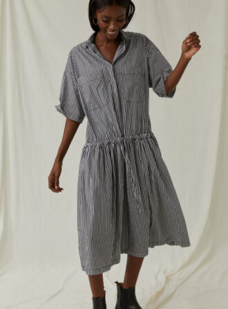 closed shirt dress