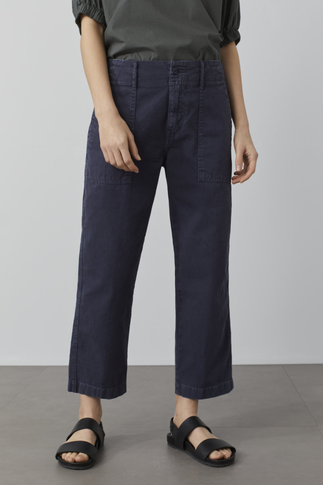closed worker pants