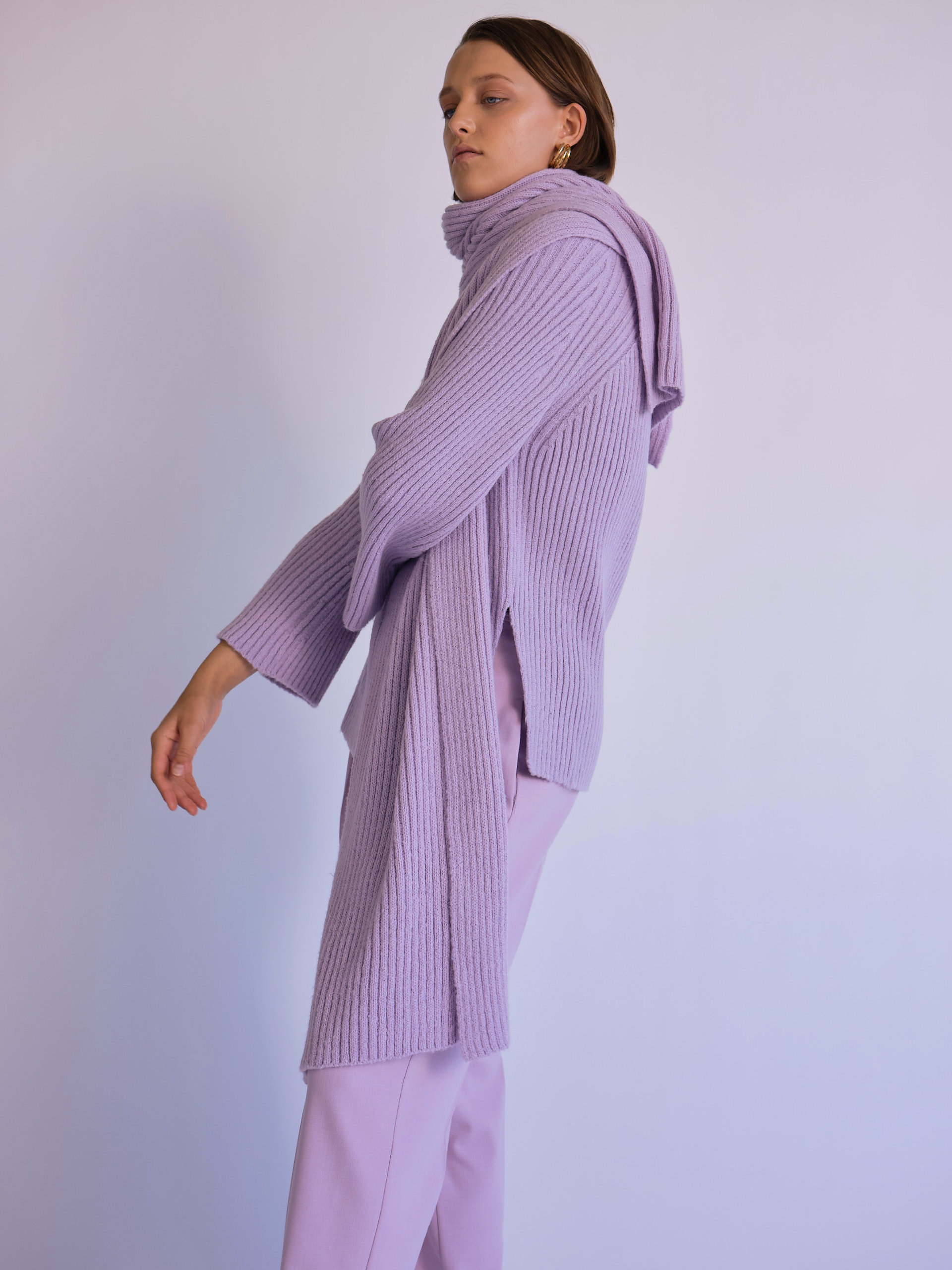 MijeongPark_ribbed sweater with scarf lavender