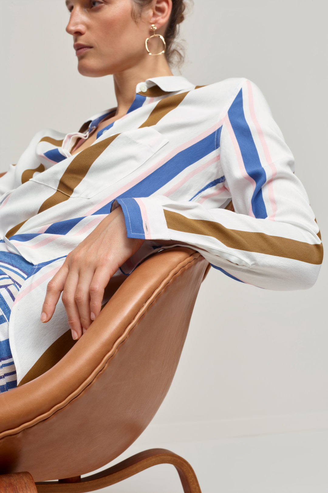 closed striped blouse ss20
