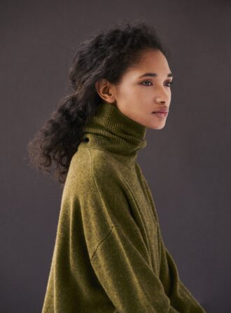 demylee green sweater