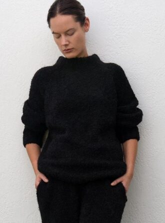 wolhide black sweater