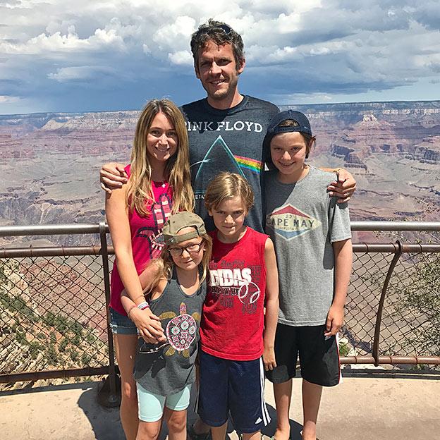 family grand canyon road trip