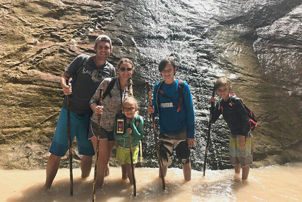 narrows zion waterfall family