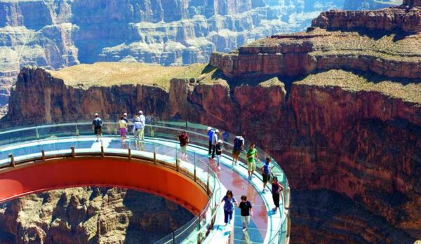 Grand Canyon Helicopter Tour With Skywalk