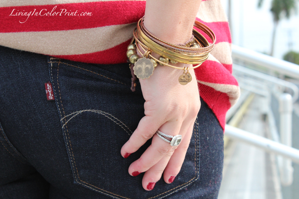 Levis butt and armcandy