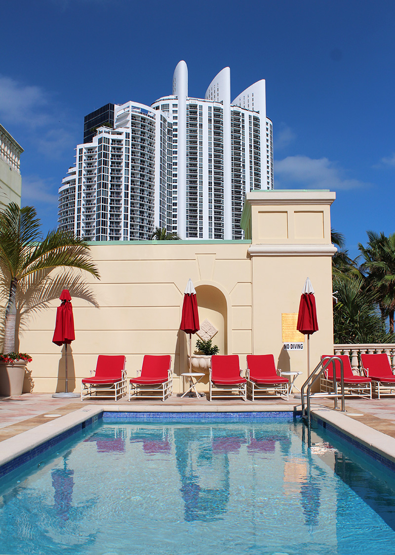 Acqualina-Resort-Espa-Miami