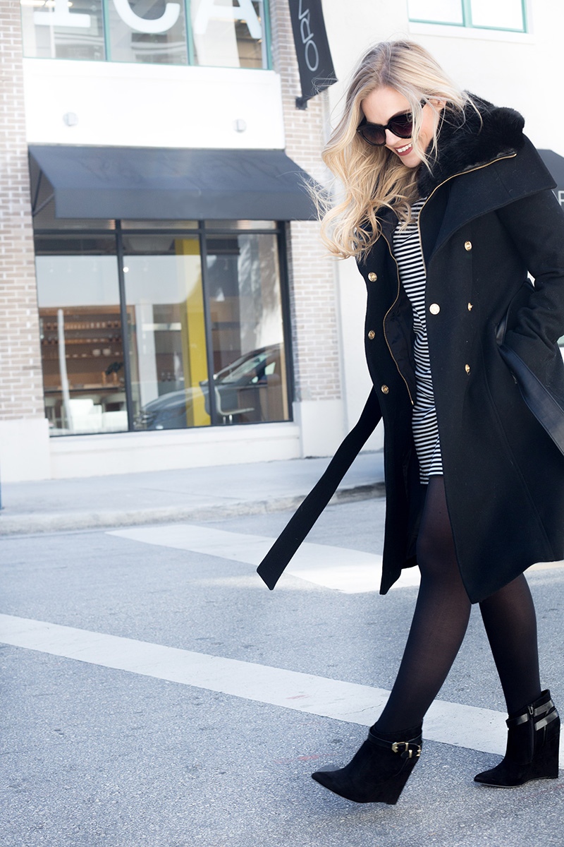 black-faux-fur-collar-coat