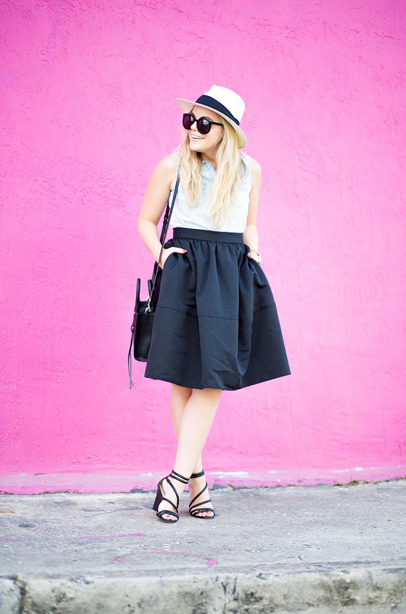 black-midi-skirt-fuchsia-wall