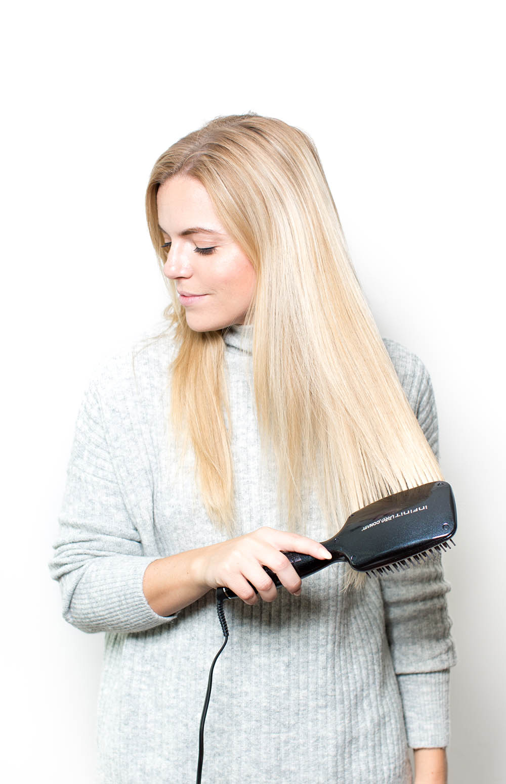 Conner Straightener Brush Review